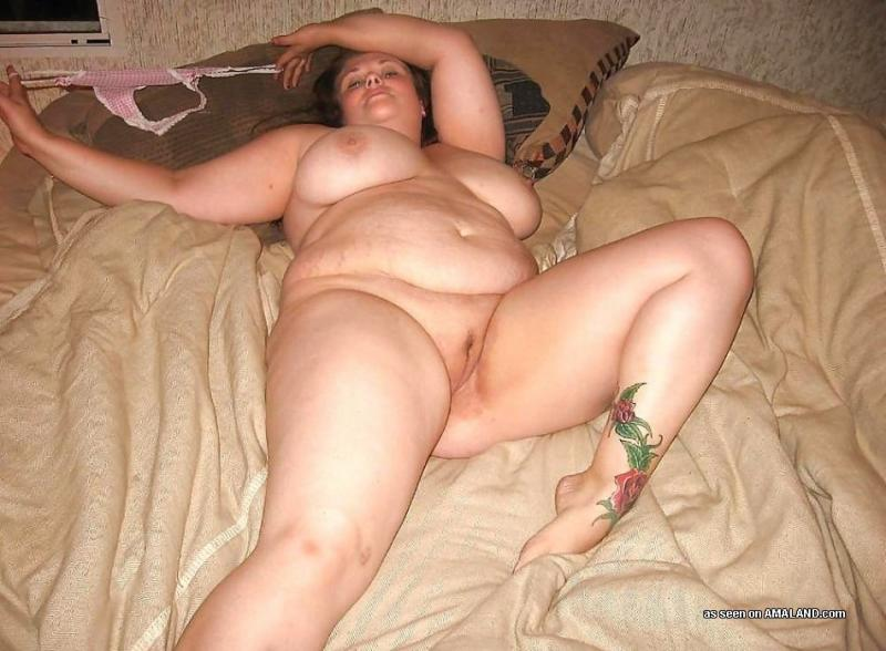 My fat bbw gf crazy for sucking my cock all the tme